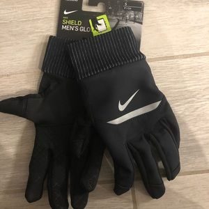 Men's running Nike Shield Gloves size small